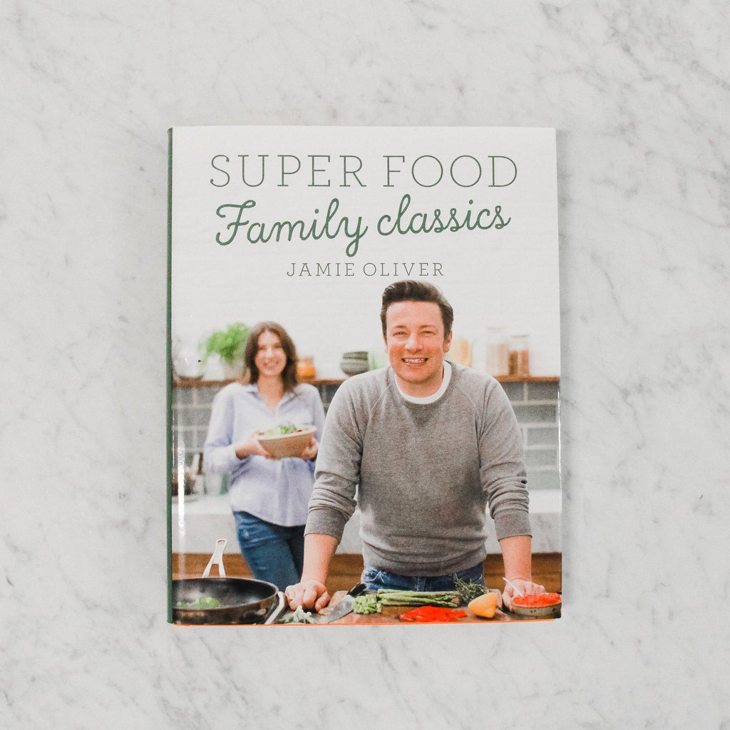 front cover of jamie oliver super food family classics