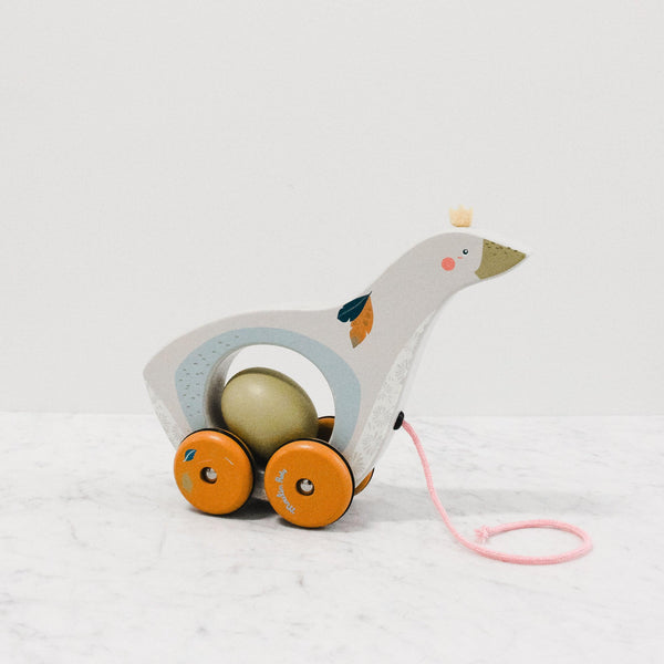 Moulin roty pull along goose toy with rotating eggs