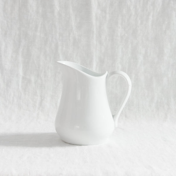 BIA Pitcher - White