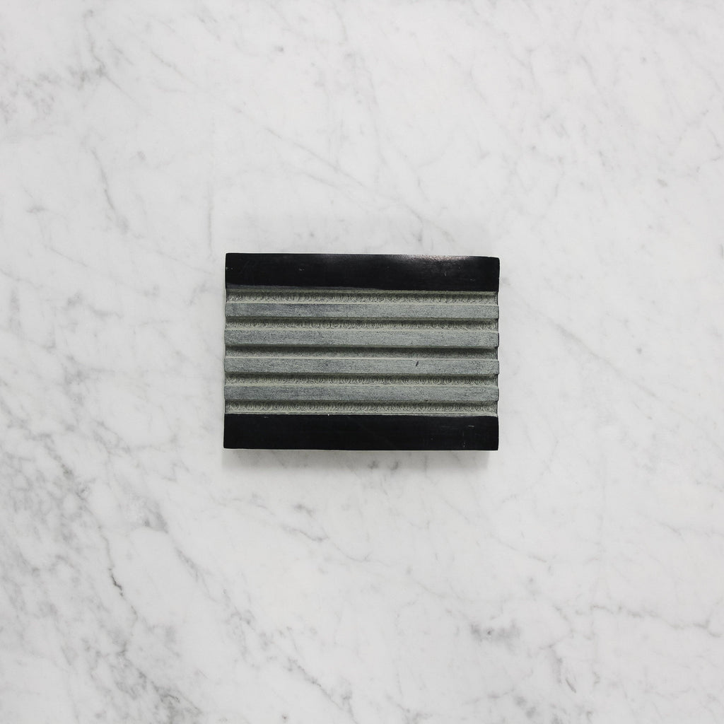 Lothantique Tadé Black Marble ribbed Soap Dish