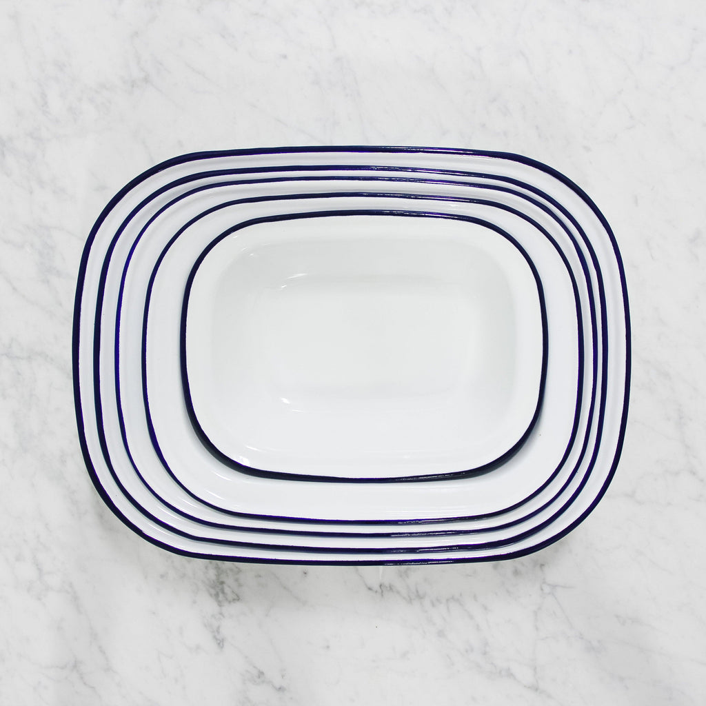 top view of white enamel pie dish set by falcon enamelware