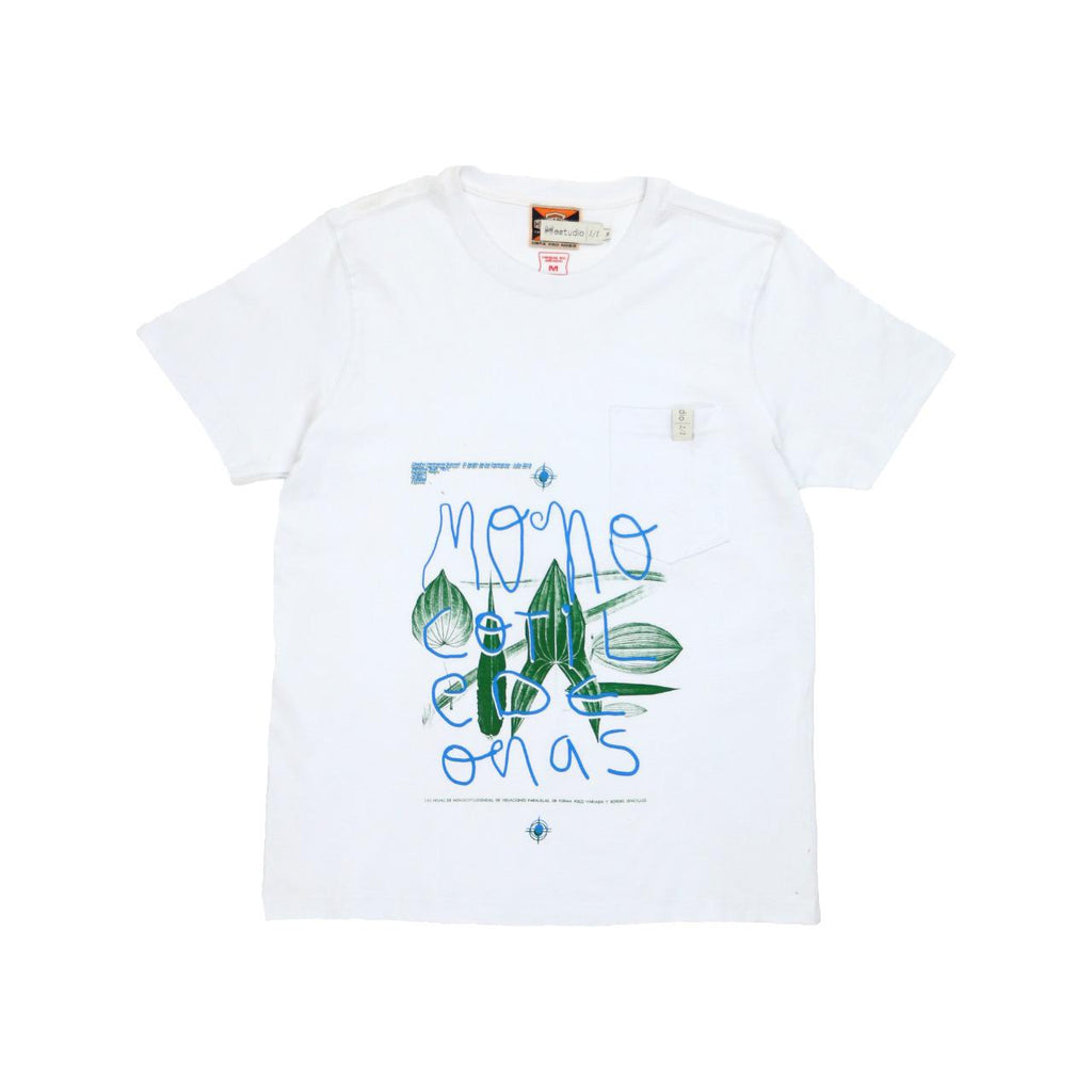 HKEstudio White T-Shirt Size Medium