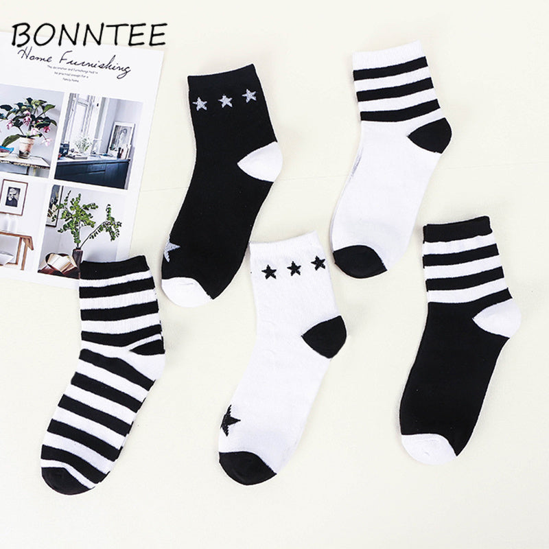 Socks Women Cartoon Kawaii Candy Colors Casual Striped Fashion Womens Sock Breathable Cute Warm Cotton Lady Soft High Elasticity