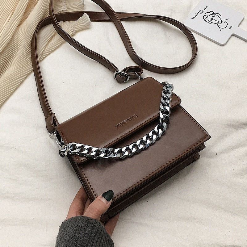 Casual Metal Chains Shoulder Bags for Women Simple PU Leather Messenger Crossbody Bags Lady Girls Designer Women Bag Purses