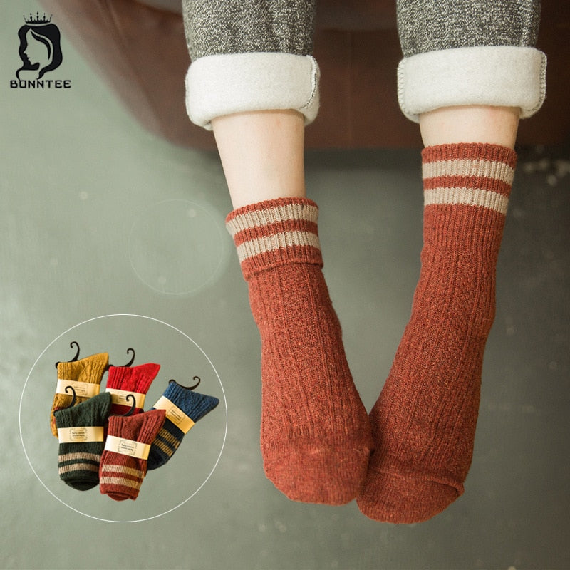 New Fashion Women Cute Socks Female Striped Thicker Sock Females Trendy Warm Harajuku Womens Students School Japanese Style Lady
