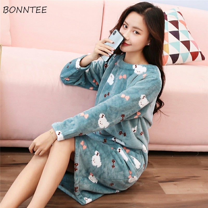 Nightgowns Women Kawaii Thicken Flannel Cartoon Large Size Winter Plus Velvet Womens Sleepwear Lovely Warm Soft Nightdress Chic