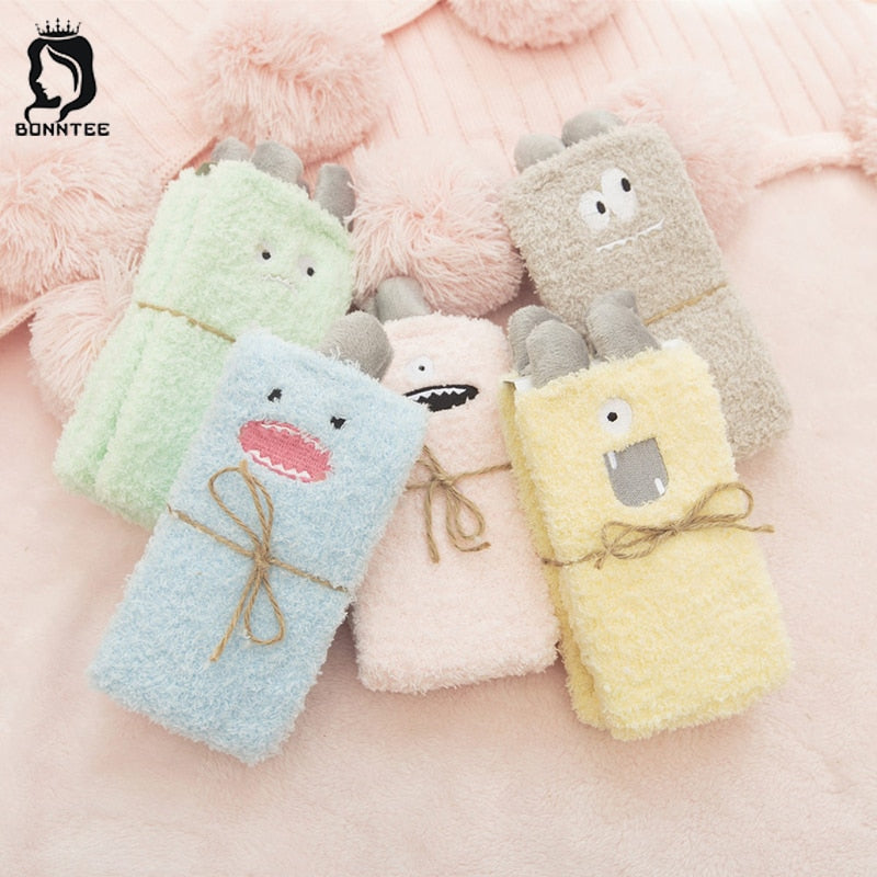New Winter Style Womens Cute Cartoon Animal Socks Women Cotton Soft Female Art Sock Lovely Embroidery Females Kawaii Students
