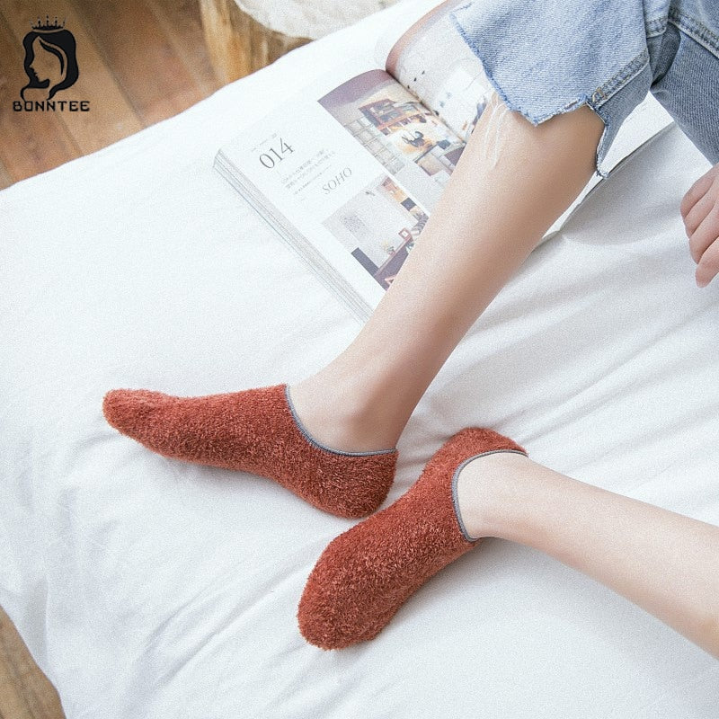 New Students Fashion Women Socks Womens Thicker Coral Velvet Warm Females Solid Color Floor Home Sock Female Korean Style School