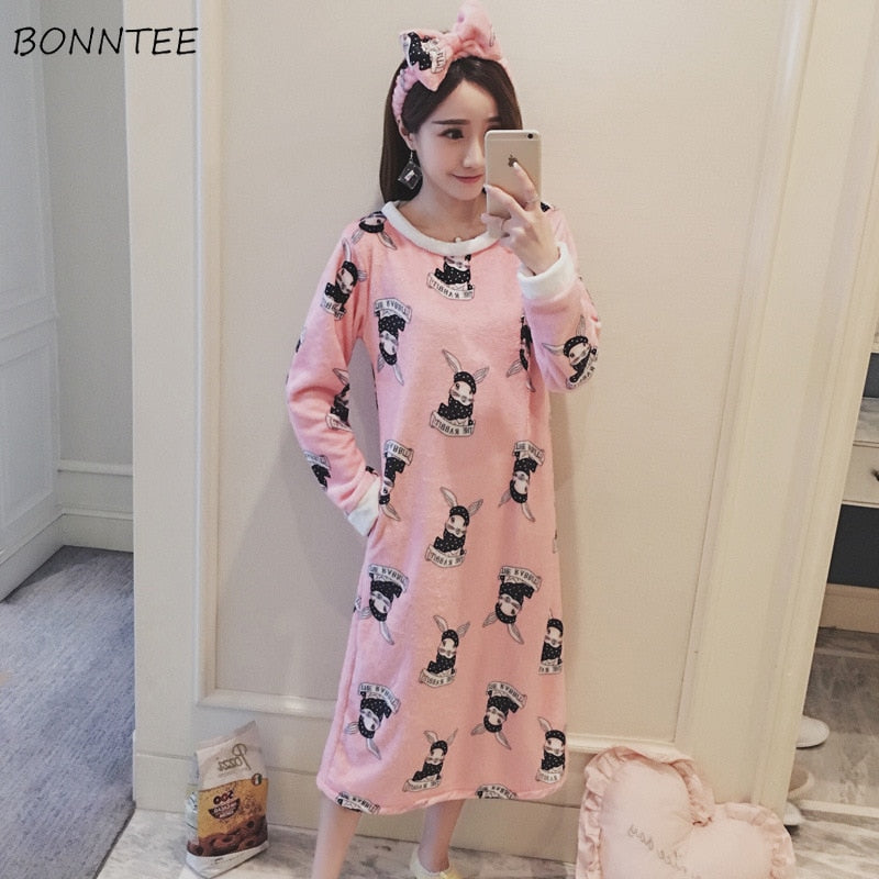 Nightgowns Winter Cartoon Printed Kawaii Women Warm Flannel Nightdress Lovely Soft Long Sleeve Chic Womens Sleepwear Sweet Lady