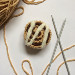 Knitted Cinnamon Bun