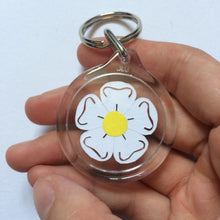 Load image into Gallery viewer, Yorkshire rose papercut keyring