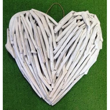 Driftwood heart whitewash - WORLD OF DECOR