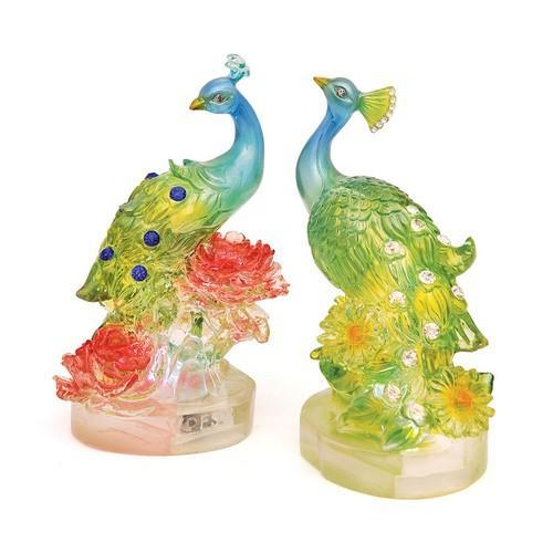 A pair of peacock - WORLD OF DECOR