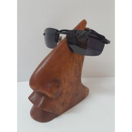 Crafted nose design glasses holder - WORLD OF DECOR