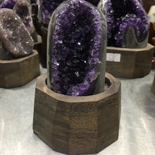 Load image into Gallery viewer, Uruguay Purple Amethyst Hole Quartz Crystal