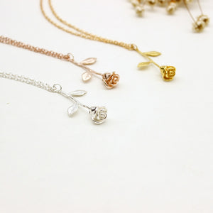 Rose Flower Pendant Chain Necklace Classic Zinc Alloy Silver/Rose Gold Color Charm Exquisite Jewelry Collier Femme Necklaces