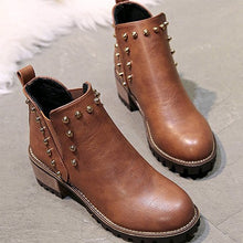 Load image into Gallery viewer, Medium Heels Women's Ankle Chelsea Boots Autumn Elastic Band Rivets Platform Ladies Shoes 2018 European Winter Female Footwear