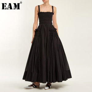 [EAM] 2019 Spring Summer Fashion New Solid Color Casual Women White Sling Backless Pleated Shrink Waist Slim Vintage Dress LA670