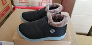 Size35-43 Waterproof Women Winter Shoes Couple Unisex Snow Boots Warm Fur Inside Antiskid Bottom Keep Warm Mother Casual Boots