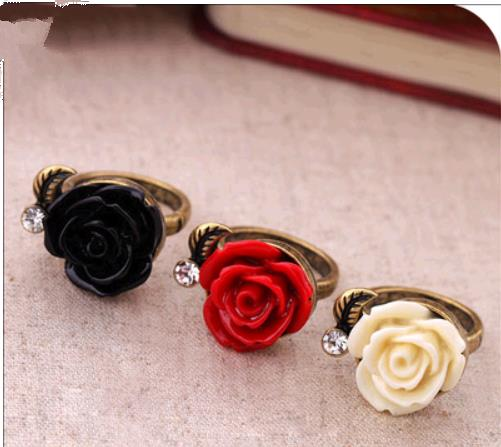 OMH wholesale 6.75 17 mm red black fashionable Europe and the United States  Vintage roses alloy ring for women JZ26
