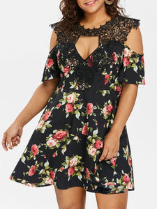 Wipalo Plus Size Lace Trim Floral Flare Sleeve Dress Keyhole Neck Knee-Length A-Line Summer Skater Dress 5XL Big Size Vestidos