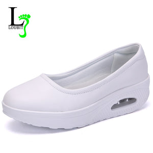 Women Nurse Flats Shoes PU Leather Slip On Moccains Ladies Round Toe White Loafers Flat Women Sneakers Autumn Size 35-42