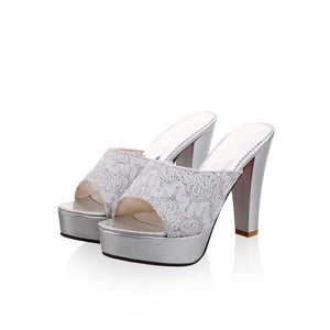 REAVE CAT Large size 32-43 Brand Peep Toes Women high heels flip flops Sexy Elegant Fashion Sequined Cloth Summer sandals QL4260