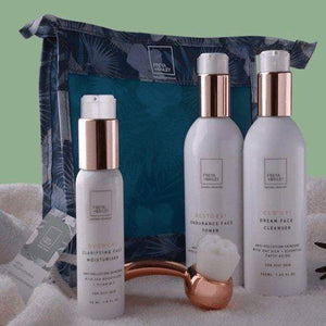 SWEET! GIFT KIT (OILY SKIN) Free HOT MESS! bag and UNPLUG! Face brush - freya-bailey-natural-skincare