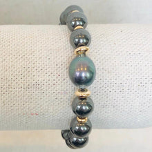 Load image into Gallery viewer, Hematite and Pearl Bracelet