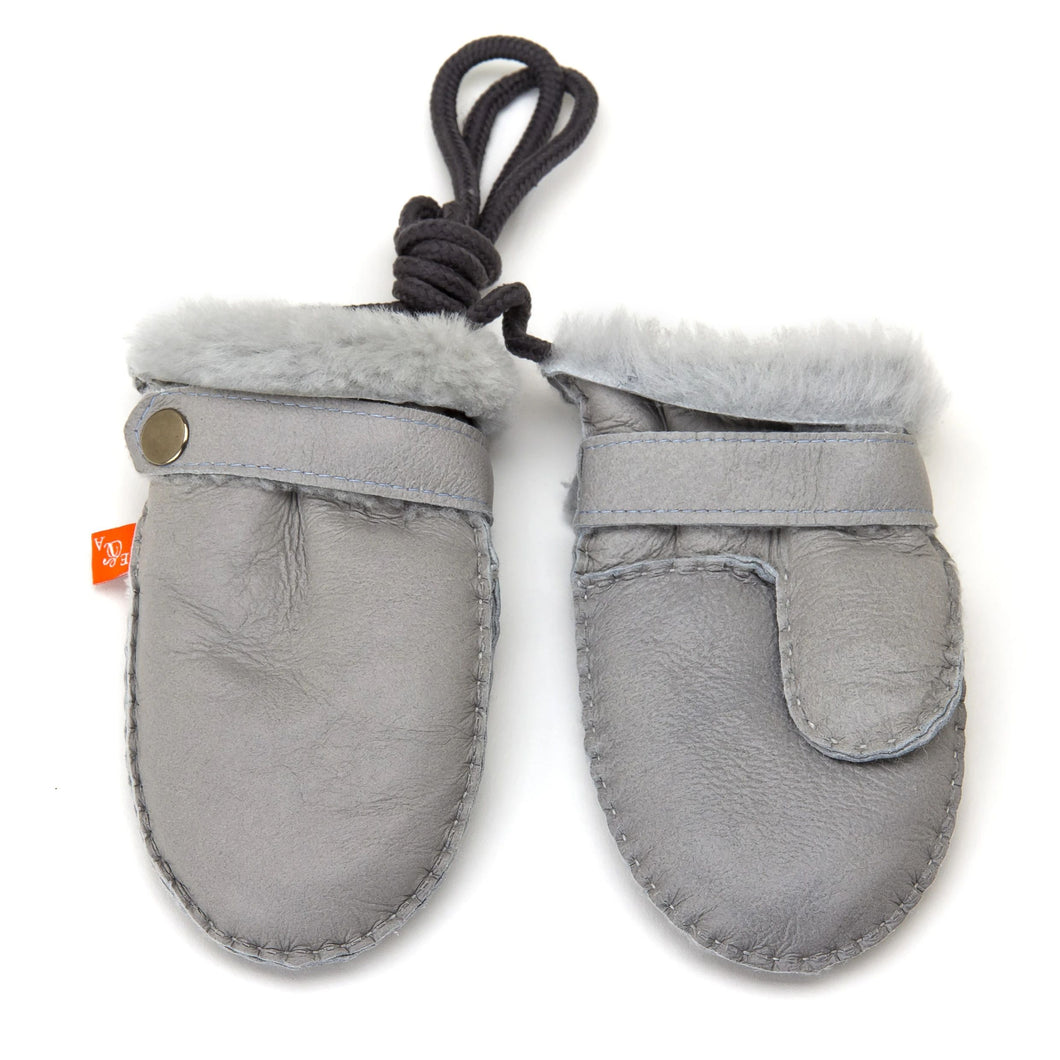Love Winter Sheepskin Baby Mittens