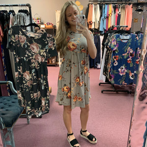 Relaxed Fit Floral Midi Dress