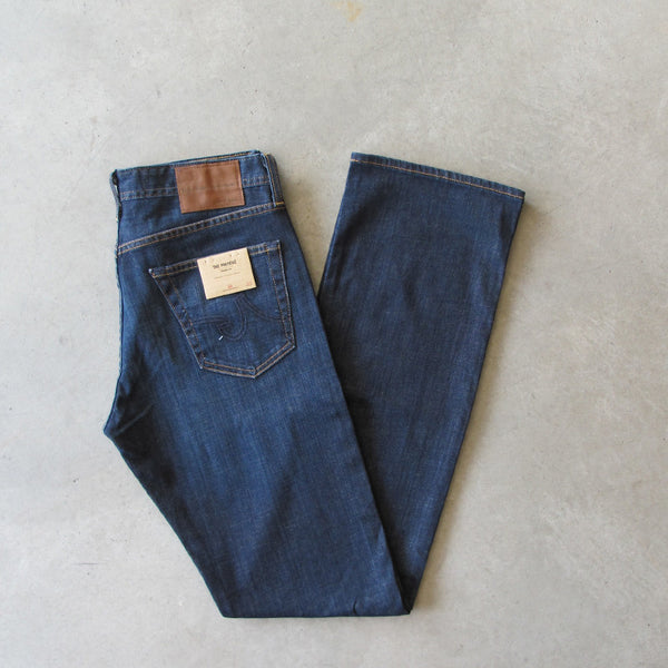 AG Jeans Protege (Straight Leg) XL - Hunts