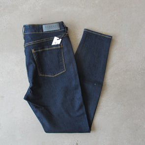 Parker Smith Ava Skinny - Pacific