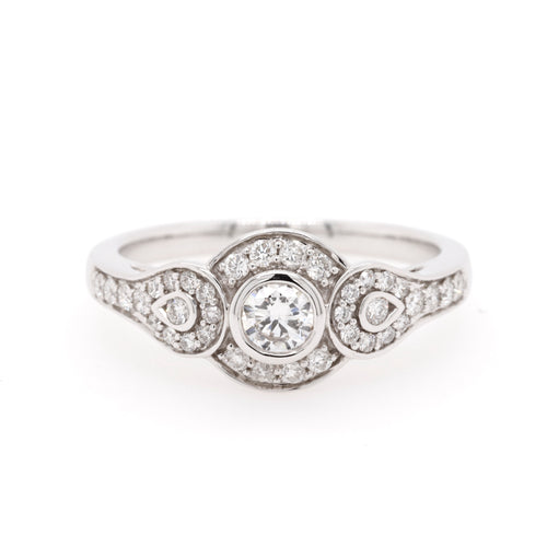18ct White Gold Vintage Style Diamond Ring TDW = 0.57ct