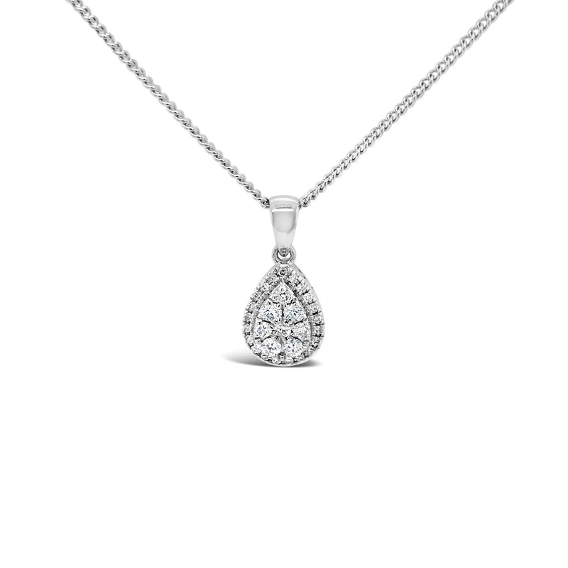 Pear shape diamond cluster pendant 0.26ct