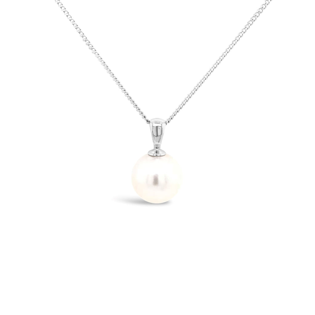 Yellow gold and gold South Seas Pearl pendant