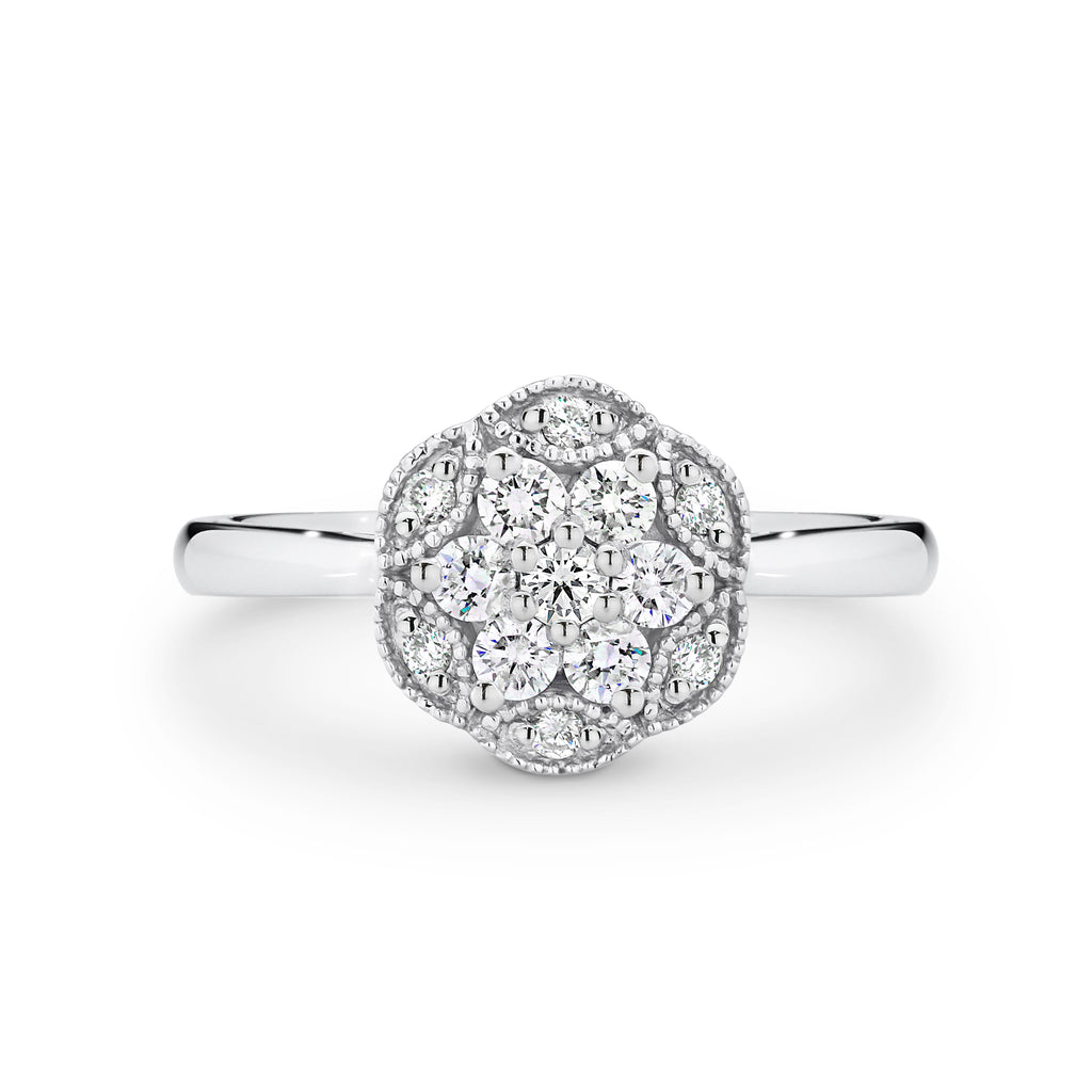 9ct White Gold Daidy Ring