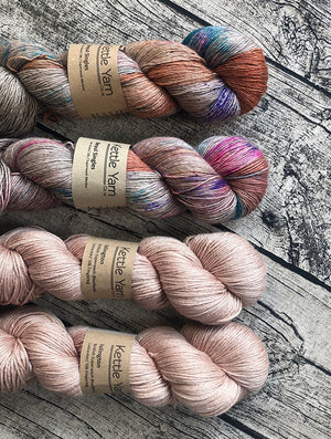 ISLINGTON fingering –  Avocado dyed