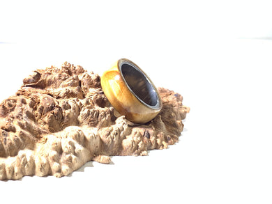 Ring / 8mm Stainless Steel - Wood / Stabilized Curly Maple - Size 8