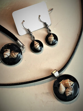 Seashell Trio w/ Black Sand / Silver Pendant - Black Necklace/Bracelet/Earrings Matching Set