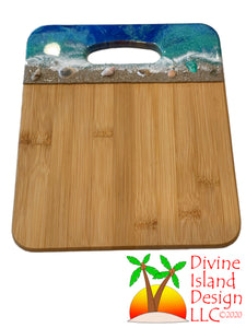 Cutting Board Medium - Bamboo with Beach Scene Handle