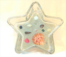 Load image into Gallery viewer, Star Shaped Beach Scene Trinket Holder