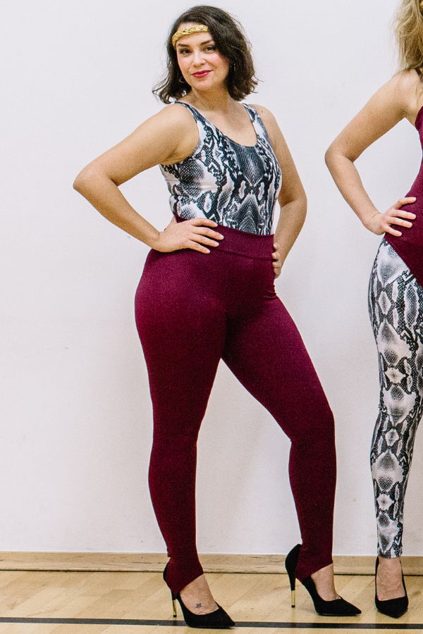 burgundy leggings with stirrups 80s dance wear mum-dance class
