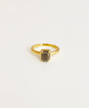 Load image into Gallery viewer, 14K Gold Diamond Ring - Sufi Design