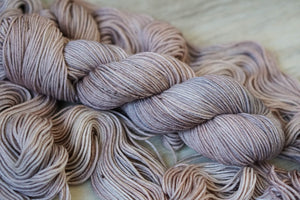 Mourning Dove // Avalon Worsted