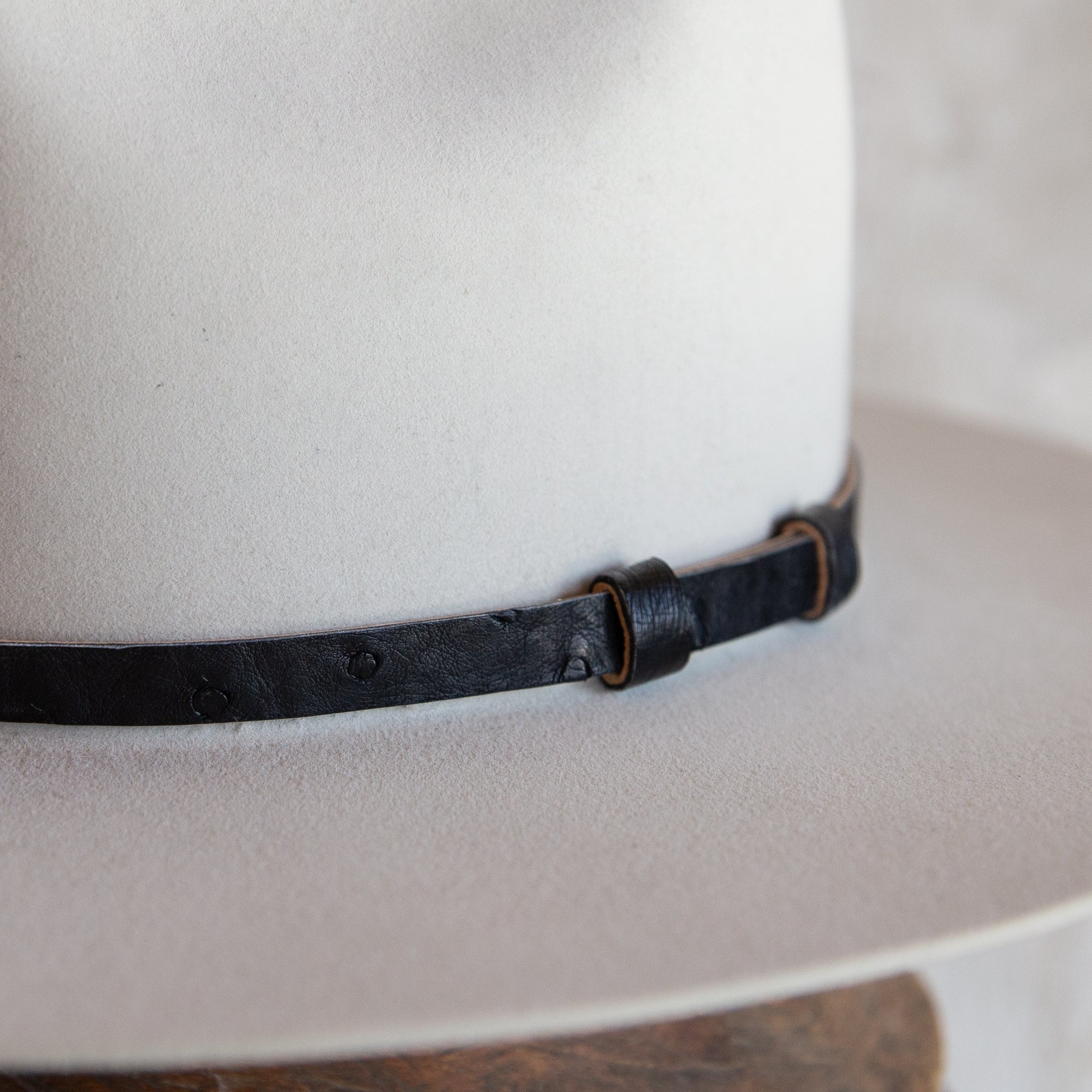 Black Ostrich Lined Hat Band (12mm)