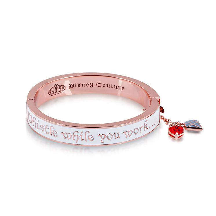 Disney Snow White Whistle While you Work Bangle - Couture Kingdom Benelux Bijoux Juwelen Disney Store Charm Bracelet Ketting Collier Oorbellen Boucles d'oreilles Bangle mickey mouse minnie mouse mary poppins dumbo la bella et la bete fée Clochette Alice au pays des merveilles pandora disney swarovski disney bijou cristal