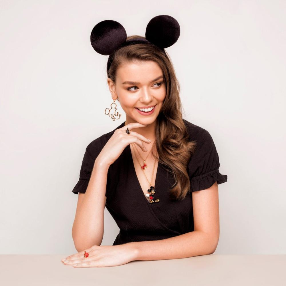 Disney Mickey Mouse Ear Hat Necklace - Couture Kingdom Benelux Bijoux Juwelen Disney Store Charm Bracelet Ketting Collier Oorbellen Boucles d'oreilles Necklace mickey mouse minnie mouse mary poppins dumbo la bella et la bete fée Clochette Alice au pays des merveilles pandora disney swarovski disney bijou cristal