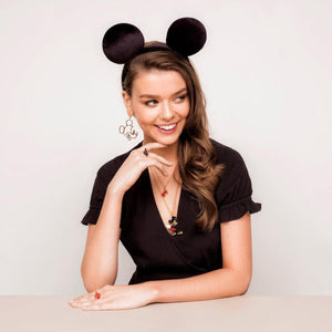 Disney Mickey Mouse Earrings - Couture Kingdom Benelux Bijoux Juwelen Disney Store Charm Bracelet Ketting Collier Oorbellen Boucles d'oreilles Earrings mickey mouse minnie mouse mary poppins dumbo la bella et la bete fée Clochette Alice au pays des merveilles pandora disney swarovski disney bijou cristal