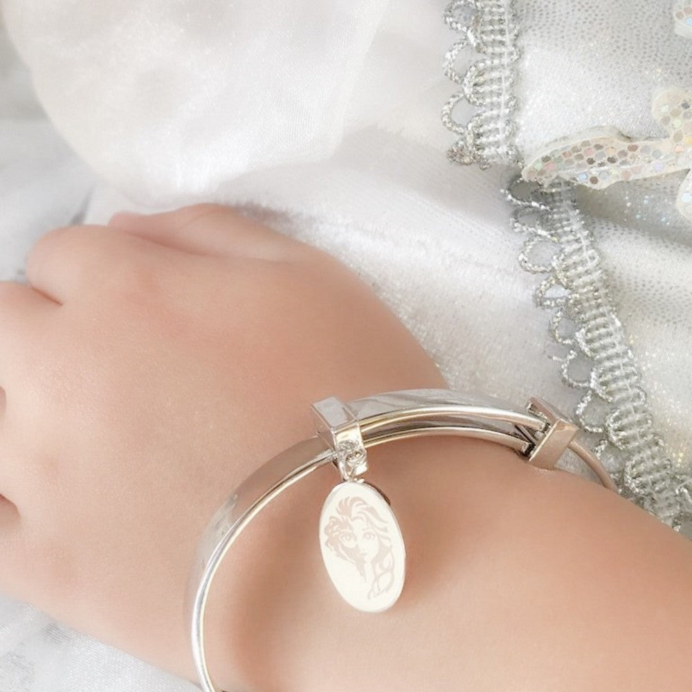 Disney Frozen II White Gold-Plated KIDS Elsa Bangle - Couture Kingdom Benelux Bijoux Juwelen Disney Store Charm Bracelet Ketting Collier Oorbellen Boucles d'oreilles Bangle mickey mouse minnie mouse mary poppins dumbo la bella et la bete fée Clochette Alice au pays des merveilles pandora disney swarovski disney bijou cristal